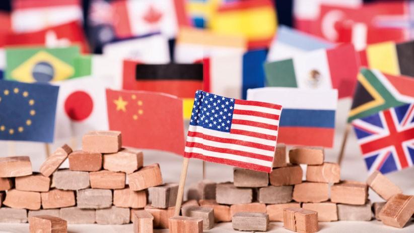 Il protezionismo frena la ripresa<br/> del Paese